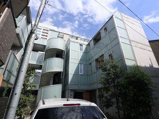 東京都港区西麻布にある、サービス付き高齢者向け住宅で14 ...