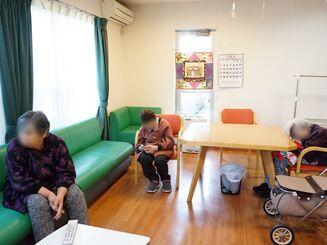 老犬老猫ホーム・介護型ペットホテル【東京ペットホーム】飼育困難のご相談はお任せください。